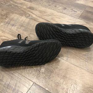 New Balance Shoes - New Balance Fresh Foam Arishi EUC!